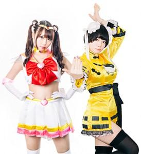 DPGにゲストボーカルとして参加した塚本舞(左)と新メンバーの李星帆(右)