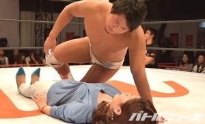 2015-4-25超プロレスリングDAY1_床ドン