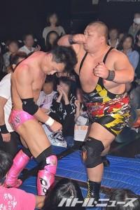 2015-11-10ニチョプロ19_第6試合②