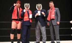 2016-01-31九州プロレス_タイガーマスク挨拶