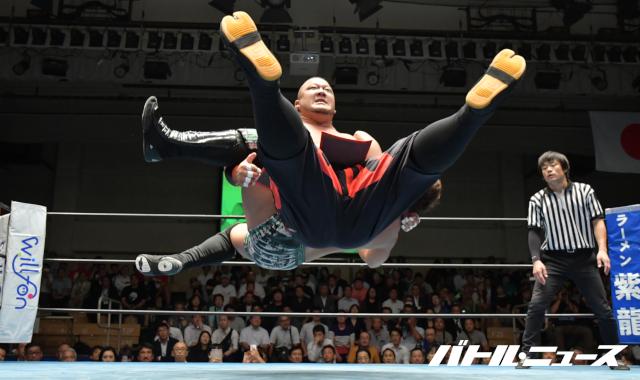 "RJPW: ""Strong Style Pro Wrestling Vol. 3"" Fujita y Okamoto se coronan 2"